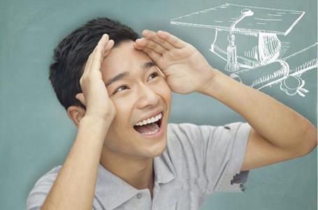 美国留学遇到考试挂科本科不能毕业的情况怎么办?