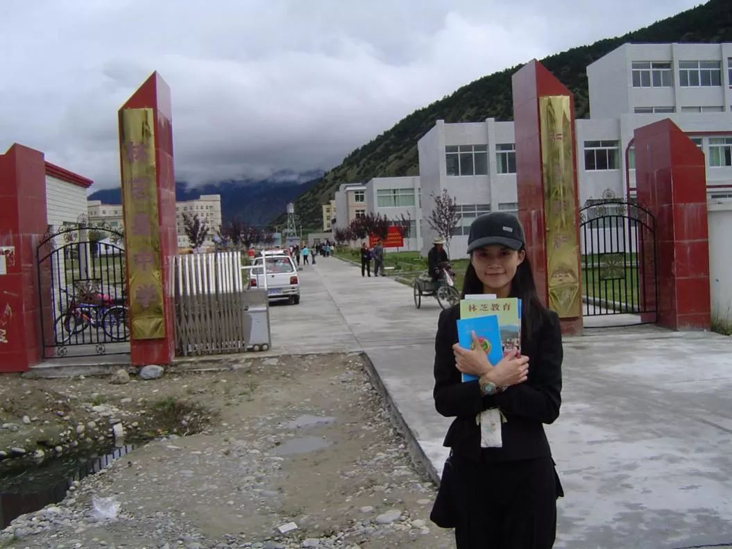 加入美军的25岁中国女孩很酷?这个35岁从0开始的美女博士自荐入伍,却有望成为中国海军史上首位女舰长,她更酷