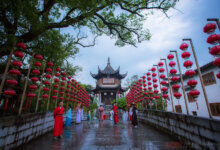 中国最有个性的景区,不穿汉服不让进,游客却抢着进,详细介绍-留学世界 Study Overseas Global Study Abroad Programs Overseas Student International Studies Abroad
