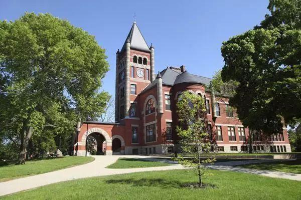 用高考成绩能申请哪些美国大学?