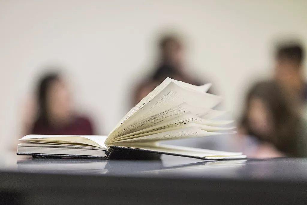 二流的学校背景,如何拥有一流的人生履历?这里有4个真实故事
