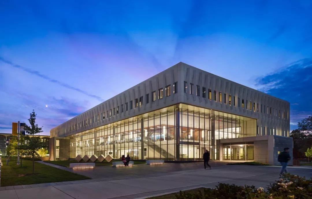 纽约州立大学系统中规模最大的学校你知道是哪所吗?