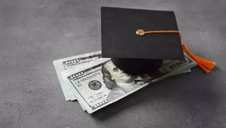 美国12个国际生奖学金整合!想申请奖学金的同学看过来!
