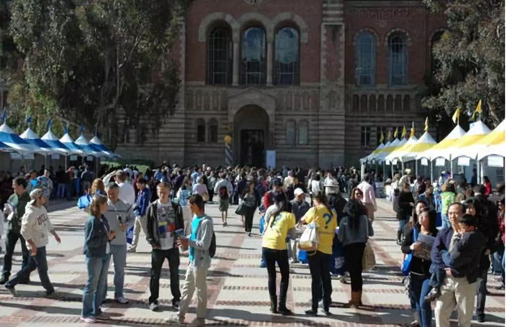加州大学公布2019-2020学年新生榜,亚裔位居第一,拉美裔排第二...