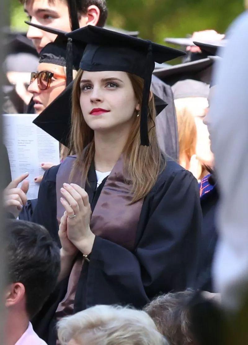 美国哪所大学美女颜值最高?这是一个饱含血泪的排名