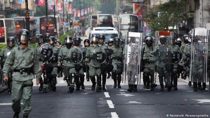 韩国KBS电视台播出香港警员的访问片段:香港警察承认强奸等警方丑闻属实!女留学生注意规避